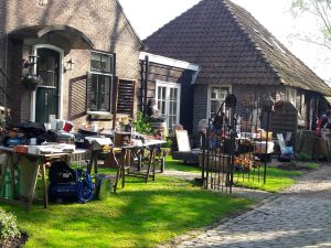 """Rommeldiek"" rommelroute in Ellewoutsdijk @ Ellewoutsdijk"